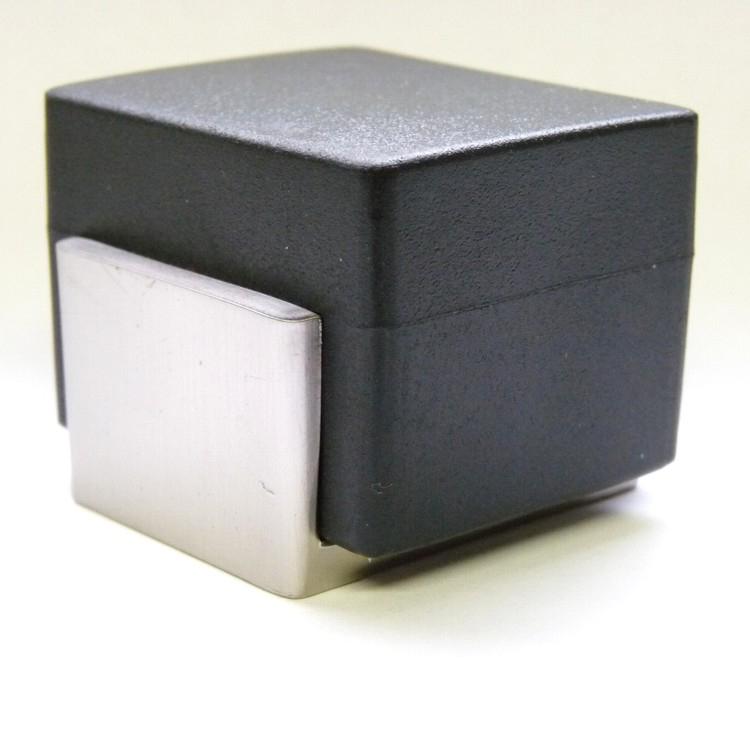 ein t rstopper oder t rpuffer verhindert das sich der griff einer sich ffnenden t r gegen eine. Black Bedroom Furniture Sets. Home Design Ideas